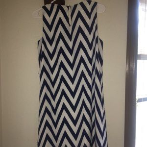Francesca's Collections Dresses - Navy and white chevron print dress!